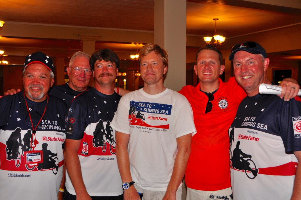 Team members at the 2010 Sea to Shining Sea.