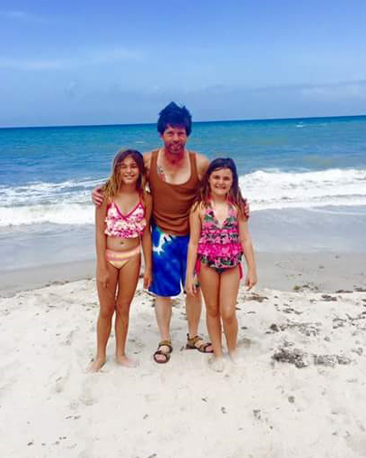Lester Lane with great nieces Tiara and Alli Burton