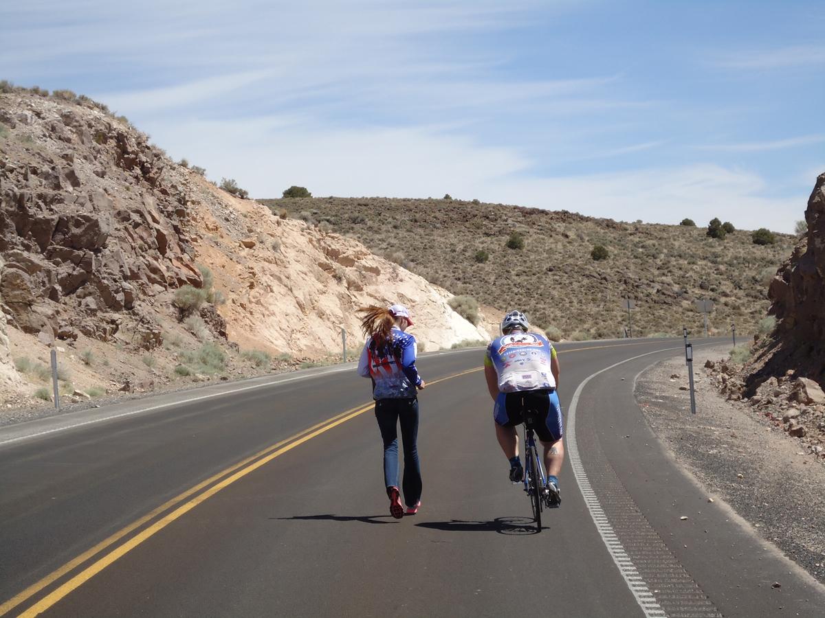 Rachael Rosen providing assistance to a veteran.